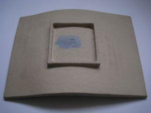 Curved platter base